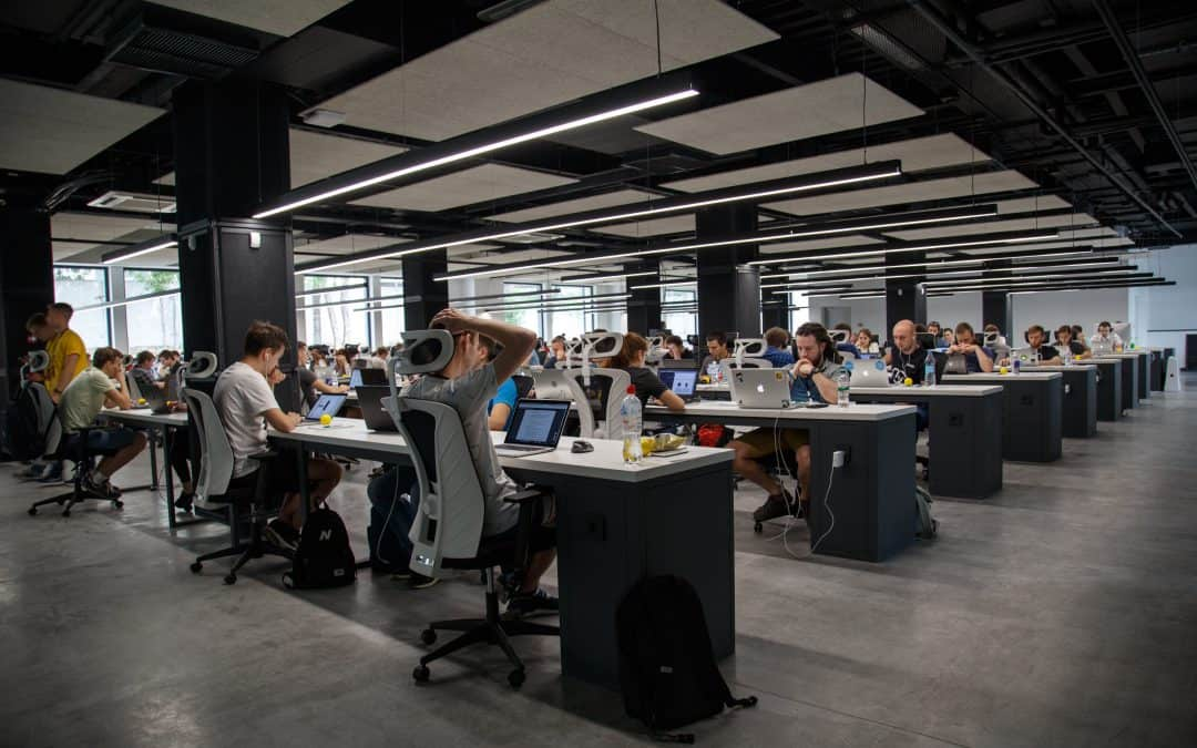 Open office – closed culture?