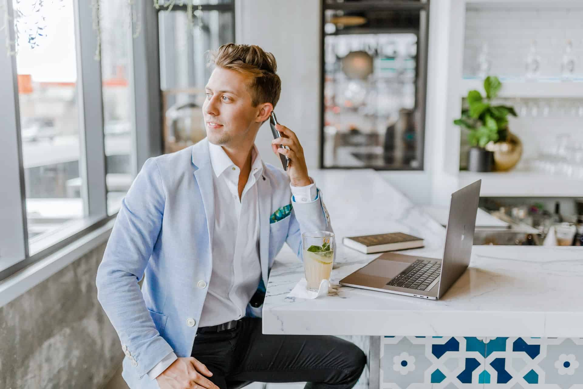 7 savvy tricks business trips Talentese 6